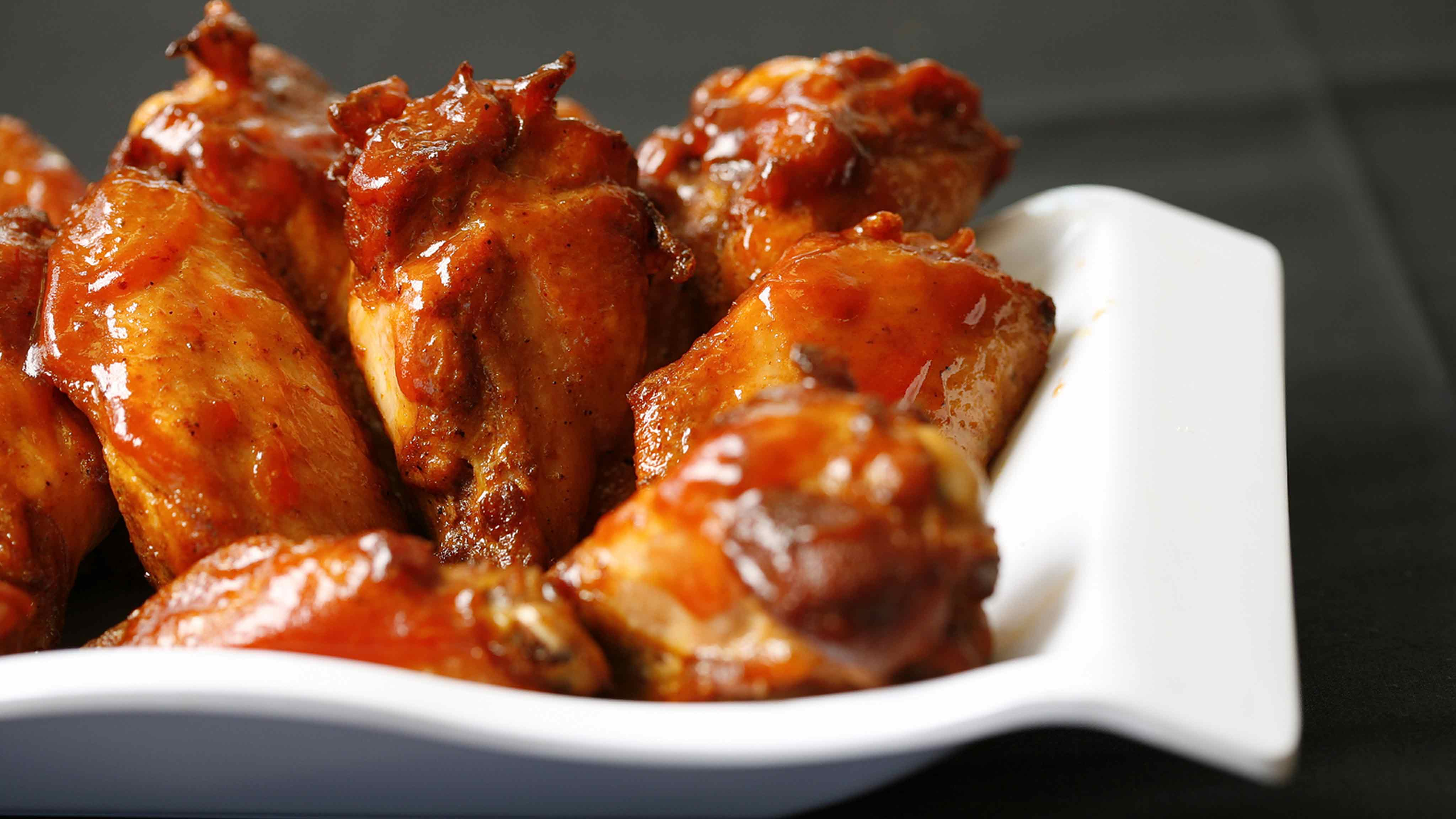 Image for Recipe Spicy Garlic Chicken Wings