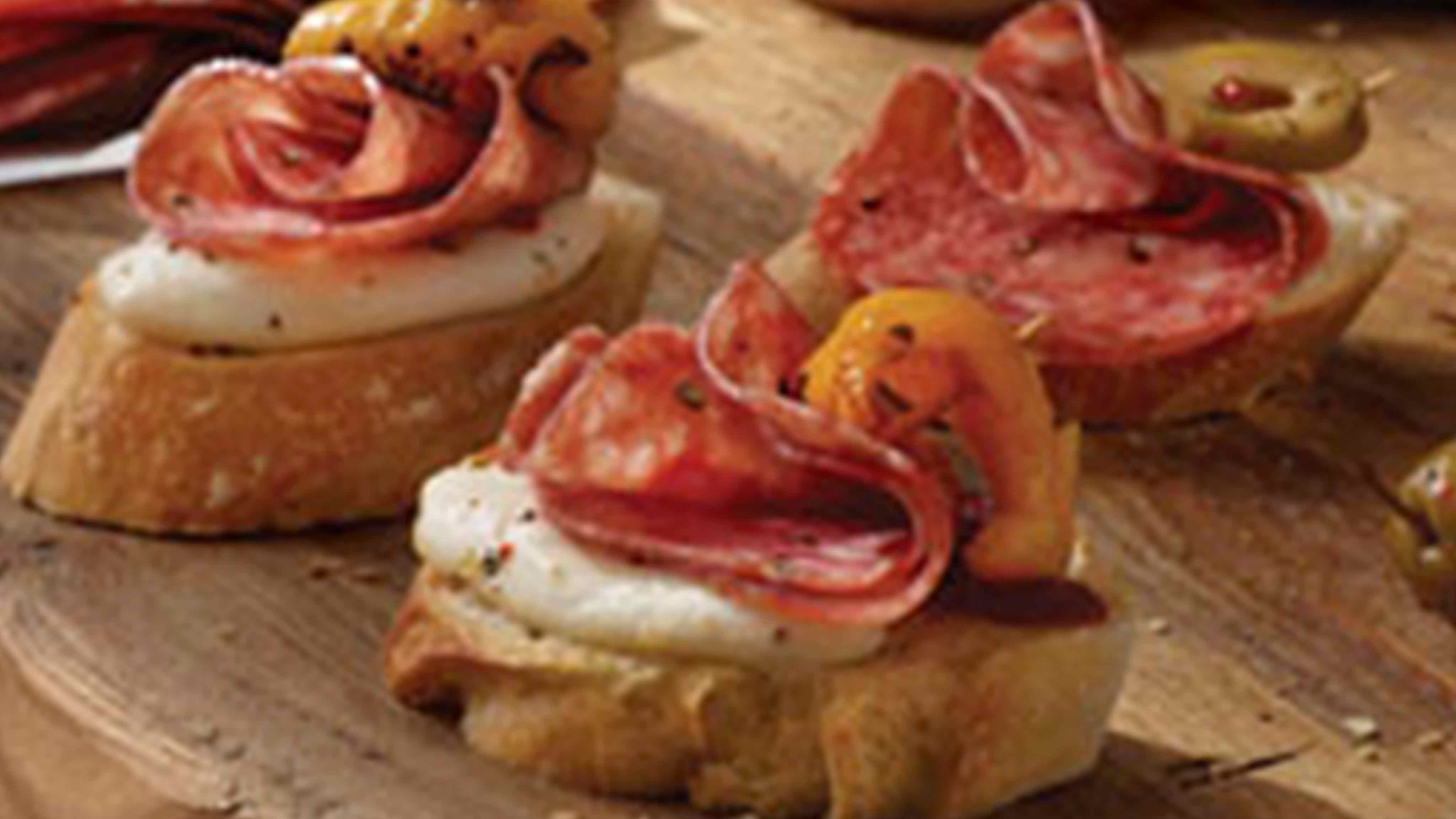 Tops Friendly Markets Recipe Salami Crostinis With Italian Herbs