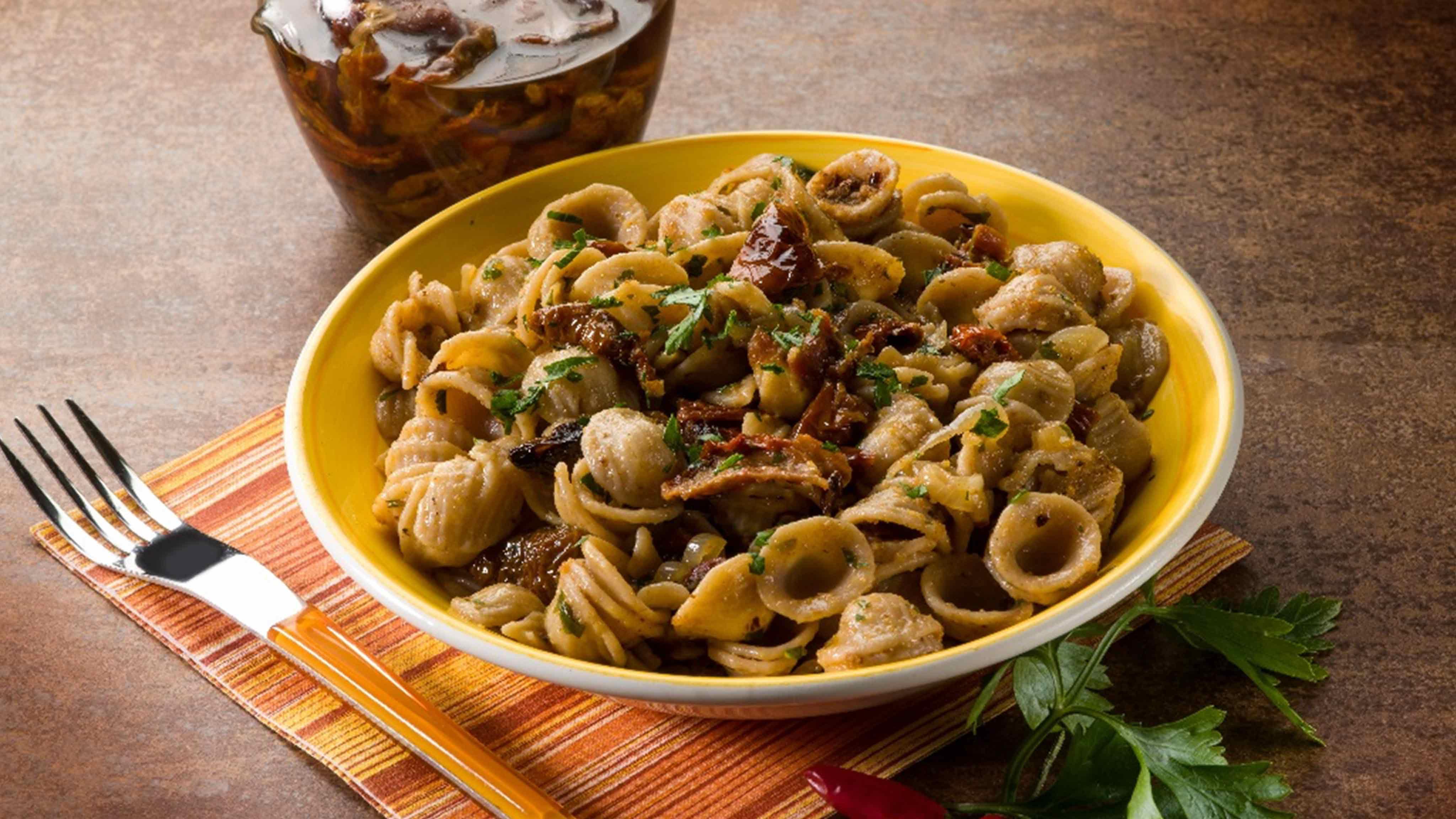 Image for Recipe Sun-Dried Tomato and Tonno Orecchiette