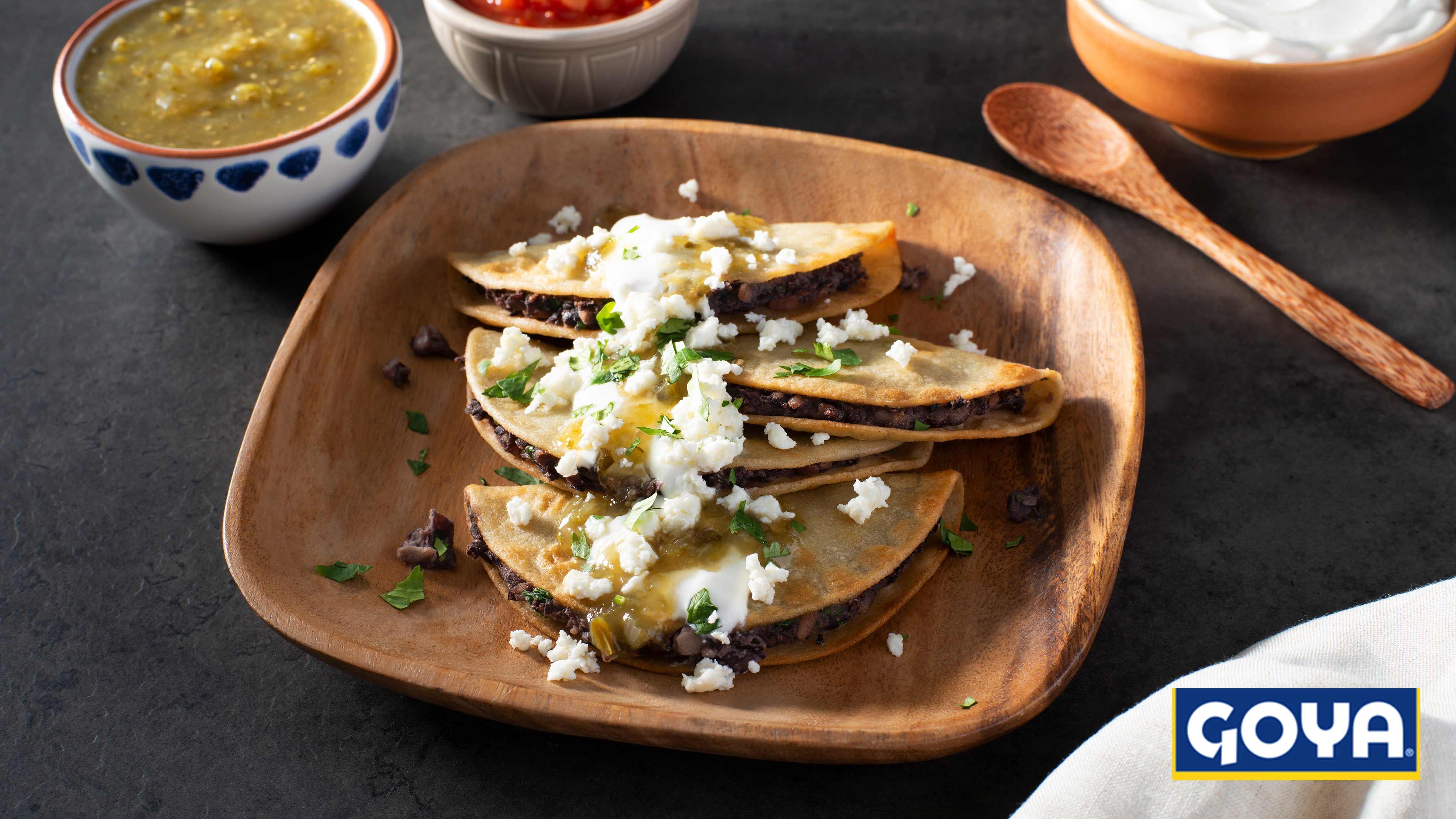 Image for Recipe Black Bean Tacos Dorados