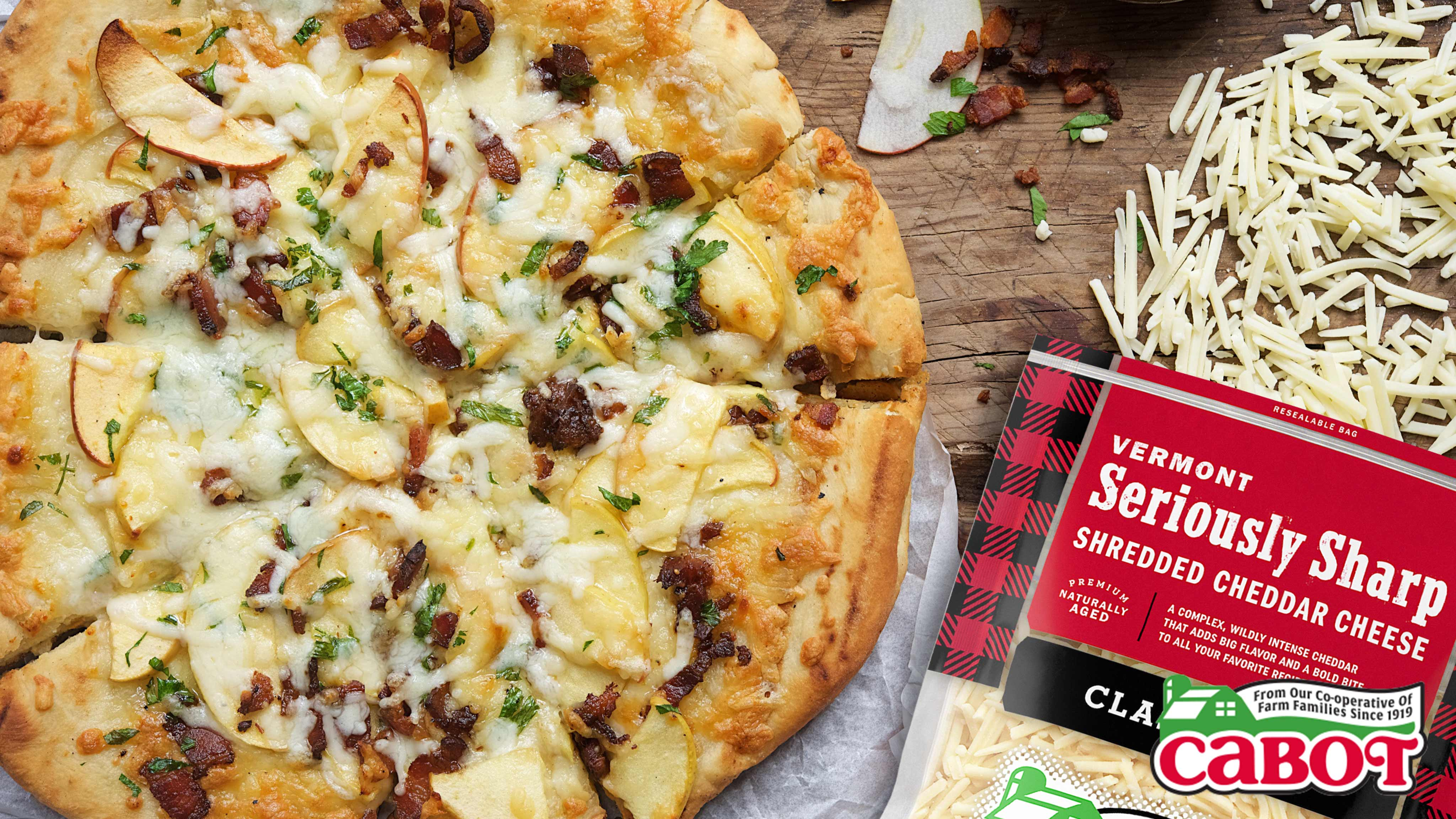 Image for Recipe Bacon, Apple and Cheddar Grilled Pizza